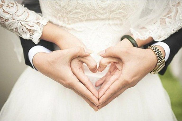 Menghidupkan Cinta saat Suami Pulang Bekerja