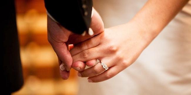 Menjemput Barakah Dalam Ikhtiar Cinta