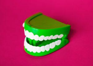 Cara Ampuh Putihkan Gigi Gak Pake Ribet
